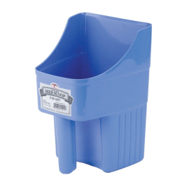 Little Giant Enclosed Feed Scoop Berry Blue 3 qt